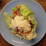 Salat-Wrap mit Pulled Pork